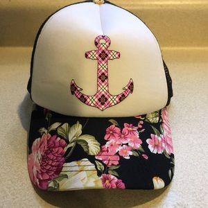 🌸 Lucky Hat SnapBack